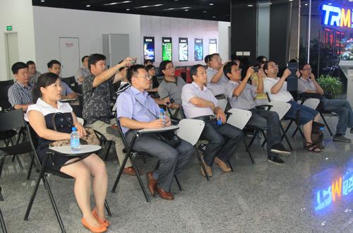 郑州,金华科技局领导到访科技大市场